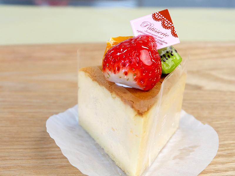 チーズケーキ?